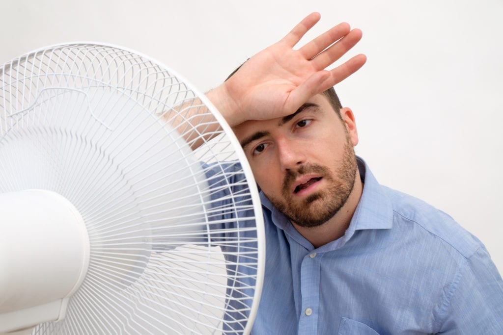ac short-cycling so man uses fan to cool down