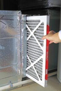 Changing-air-filter