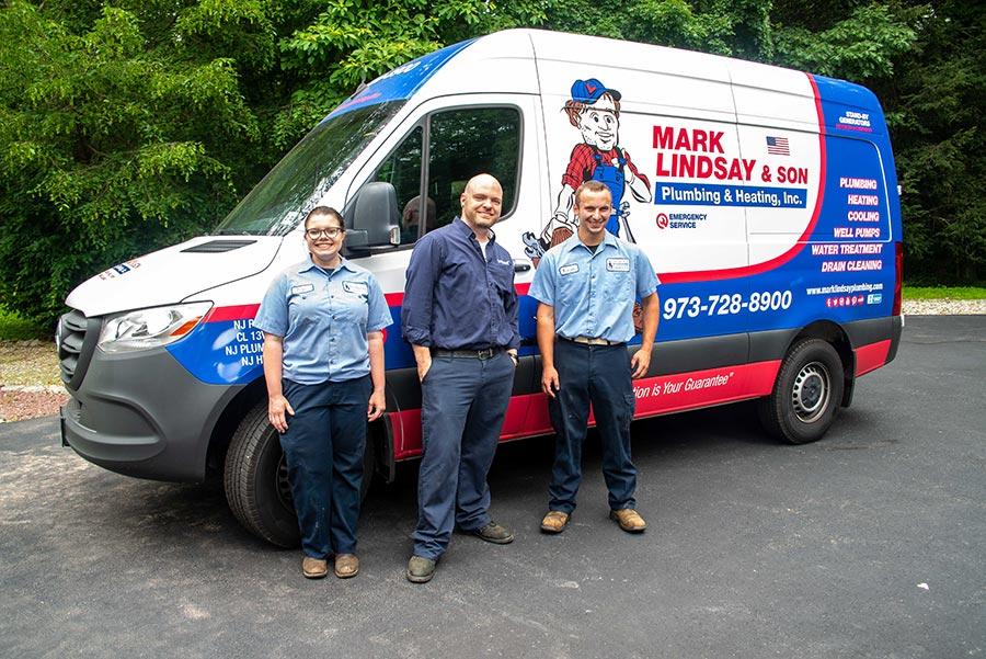 https://www.marklindsayplumbing.com/wp-content/uploads/tech_trucks.jpg